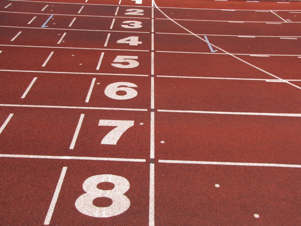 Athletics_tracks_finish_line